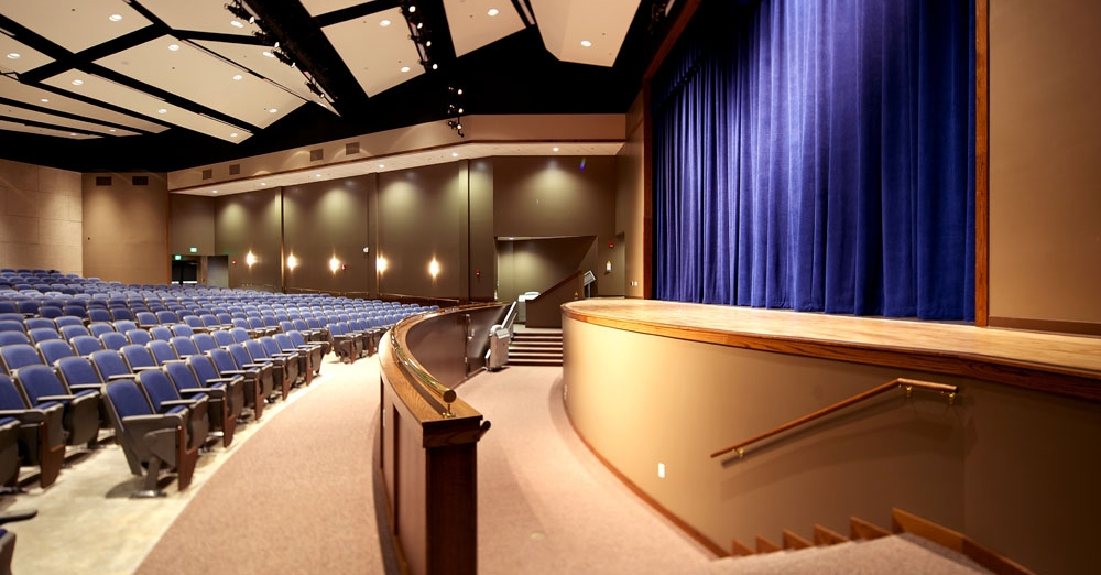 Greenbrier high school auditorium nabholz corporation for Interior design schools in oklahoma